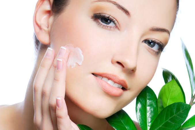 Simple And Effective Ayurvedic Beauty Tips For Glowing Skin
